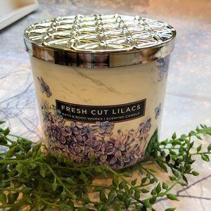 Bath & Body Works Accents - Bath & Body Works 3Wick Fresh Cut Lilac Candle Set